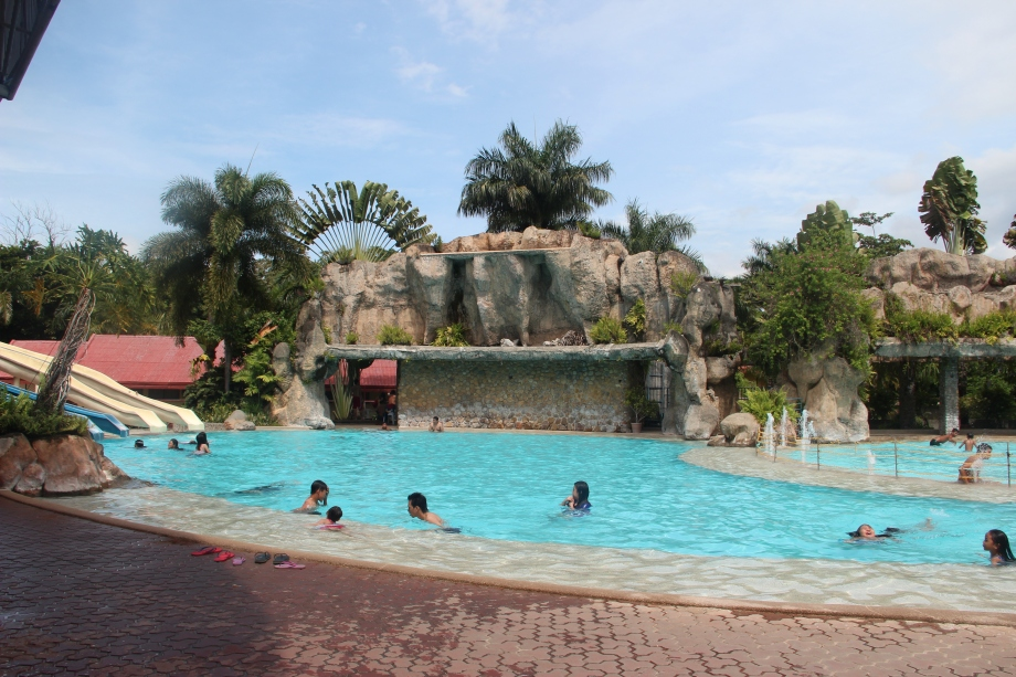 Mergrande Beach Resort, Davao City, davao beach resort, beach resorts, resort, swimming pool, davao